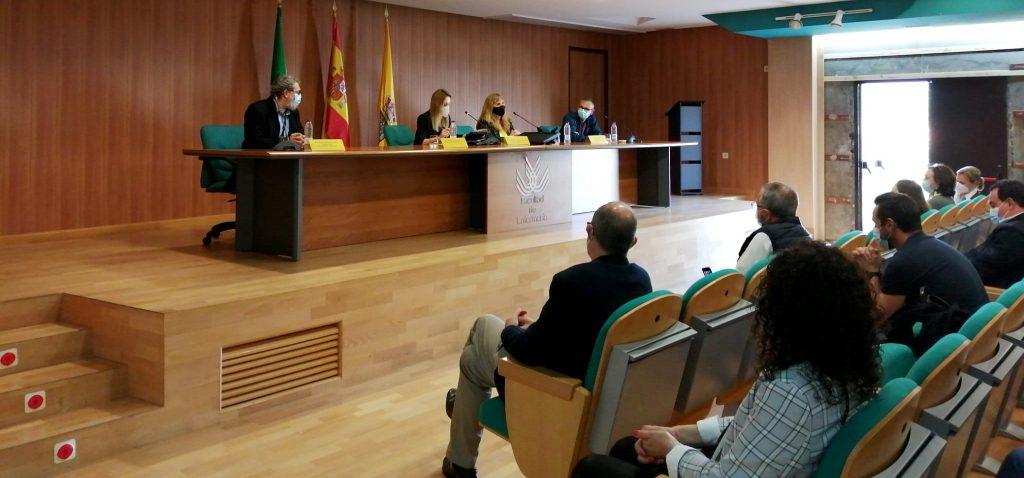 Los estudiantes de 2º curso de Enfermería comienzan sus prácticas clínicas en Algeciras